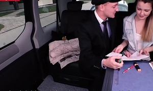 Pretty teen Cindy gets the brush muff fucked by the cab driver be advisable for a free ride
