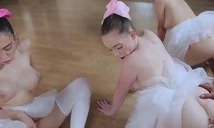 Teen wants cock inopportunely Ballerinas