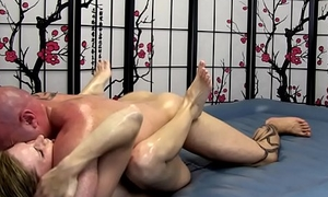 Cute Girl gives Erotic Oil Council Massage with Fucking and Blowjob