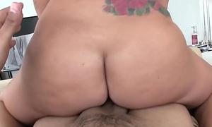 Big ass GF Jamie Jackson gets big dick