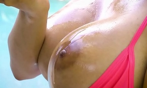 Brazzers - Dirty Masseur - (Emily Mena, Bambino) - My Stepsisters Tot Oil