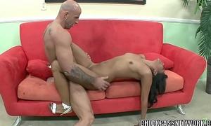 Latina hottie Emy Reyes acquires her juvenile cum-hole pounded
