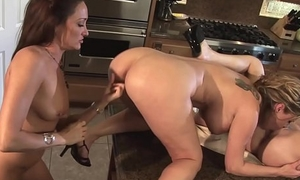 Snazzy babes treasure a hot lesbian threesome in an obstacle kitchen