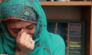 Kinky functionary feeding an arab teen with throbbing sausagern-1