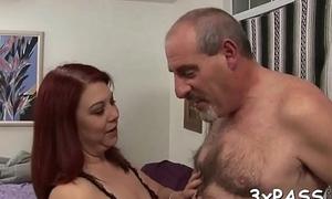 Ebony cadger bonks fat chick