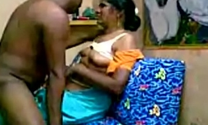 HOT INDIAN TEEN SHAVED PUSSY